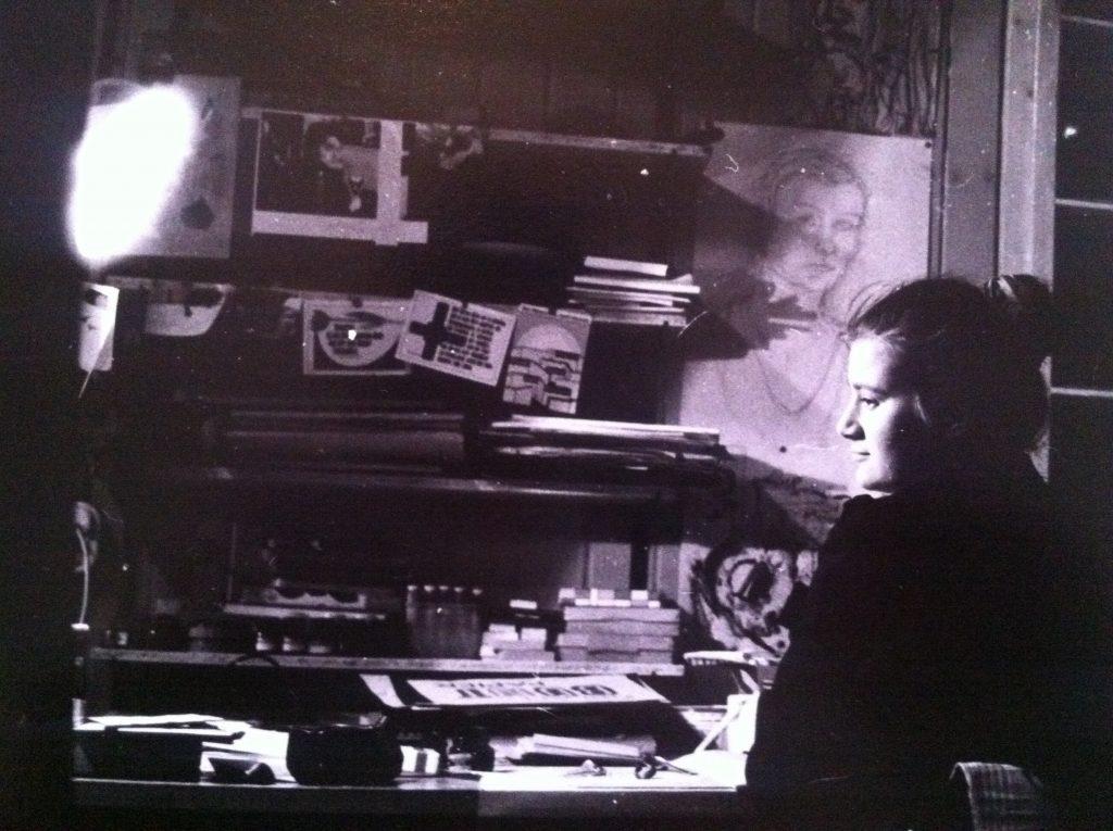 Aus der Wendezeit - mein Schreibtisch im Wohnheim - hier schrieb ich mein Tagebuch
