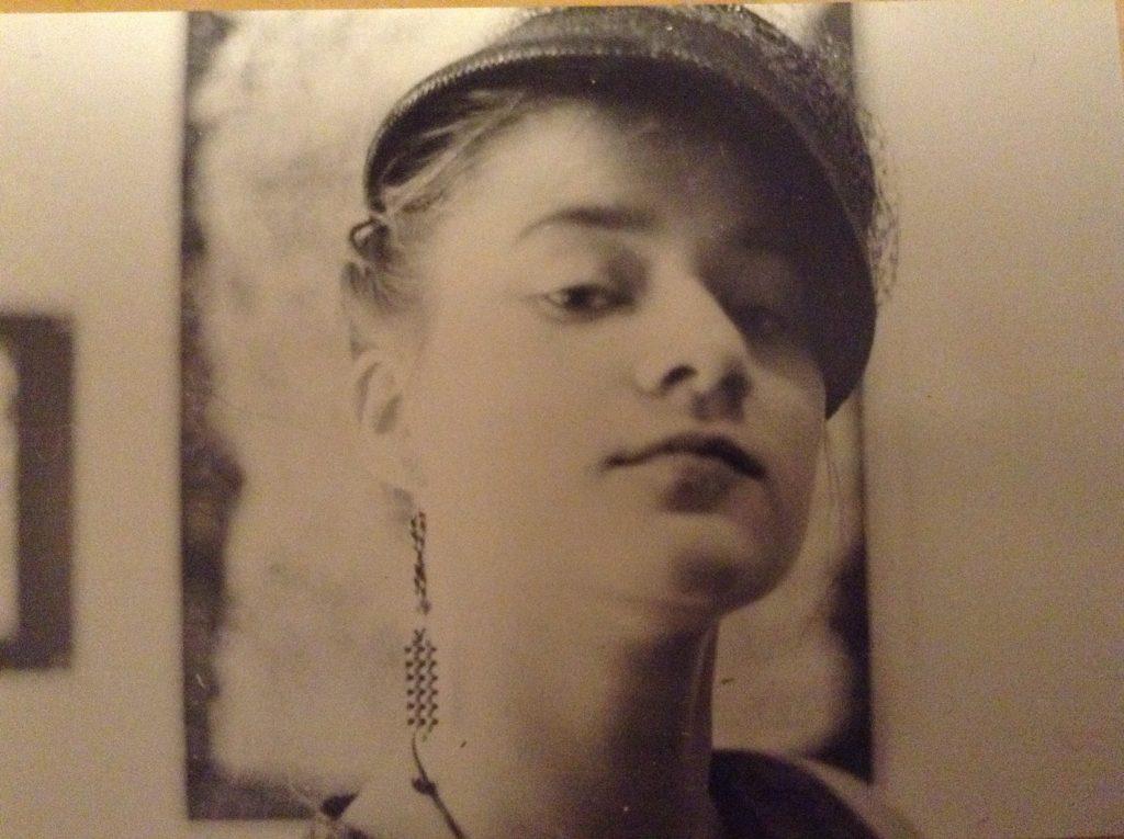 Selbstportrait als Studentin an der Fachschule für Angewandte Kunst Schneeberg, ca. 1989